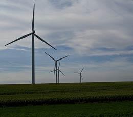 Antennes, incinérateurs, éoliennes : quel impact sur l'immobilier ?