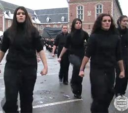 Ils ont marqué 2010 : flashmob, la mode de l'orgie