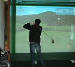 Le golf, c'est couvert ou au chaud…