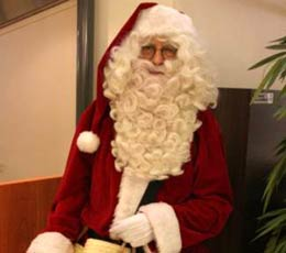 Petit Papa Noël, quand tu débarqueras dans le salon
