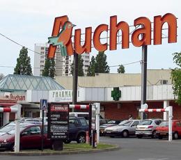 Cinquantenaire d'Auchan : projection sur les 100 ans