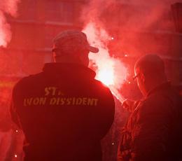 Reportage photos : à Lille, images d'une manif' d'extrême droite