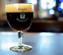 Westvleteren 12 : le fabuleux destin de la meilleure bière du monde belge