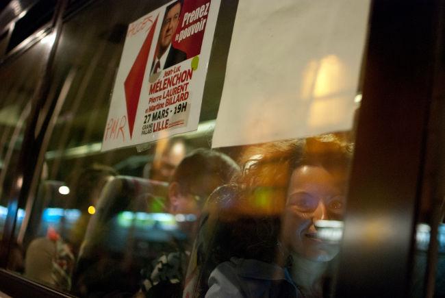Meeting du Front de Gauche: parmi les passagers du Mélenchon's tour