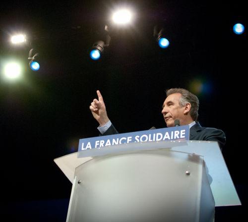 Retour sur le meeting du Modem : François Bayrou, star sage du Zénith
