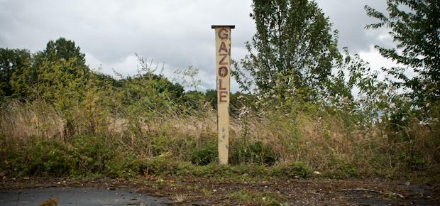 Le Petit Dico décalé du Nord – Pas-de-Calais : faire de l'essence