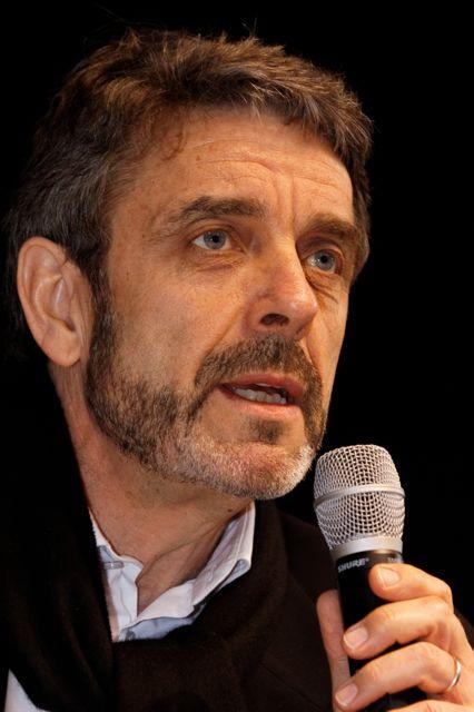 Philippe Lefait arrête Les Mots de Minuits.