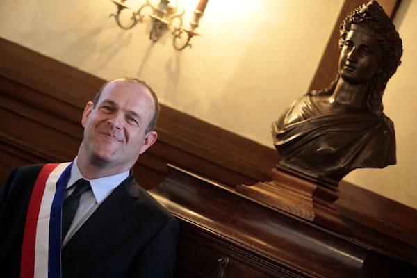 HENIN-BEAUMONT : Steeve briois elu maire