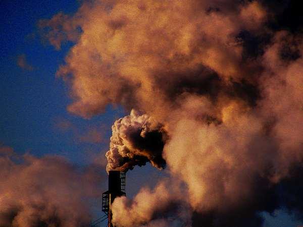 Il n'y a pas que l'industrie qui soit responsable de la pollution de l'air. Crédit FlickR Billy Wilson Photography