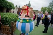 Quelles sont les recettes des parcs d'attractions pour résister au mastodonte Disneyland Paris?