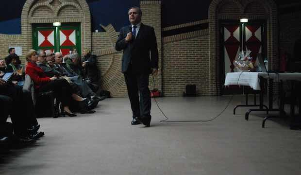 On était à la première réunion publique nordiste du candidat Xavier Bertrand