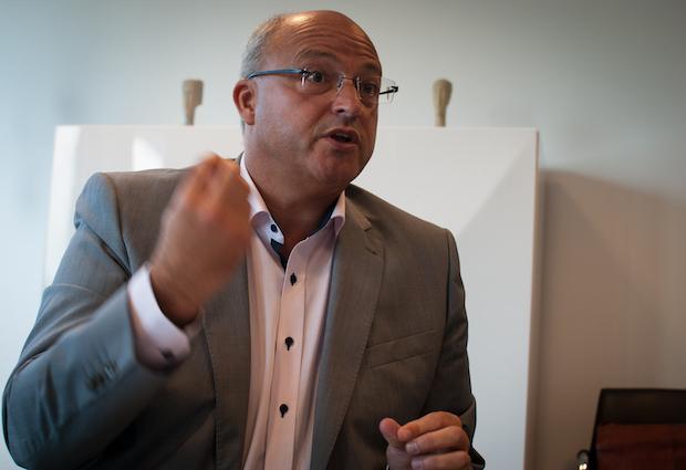A la Métropole européenne de Lille, Damien Castelain éprouve les fractures du consensus