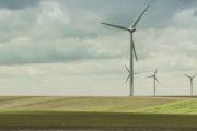 Xavier Bertrand part en guerre contre les moulins à vent