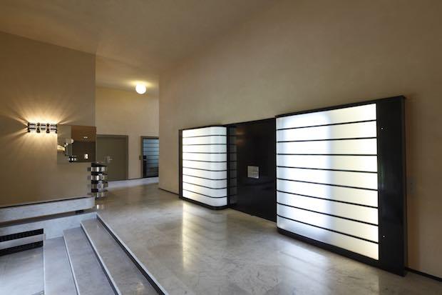 robert mallet stevens l architecte visionnaire de la villa cavrois dailynord. Black Bedroom Furniture Sets. Home Design Ideas